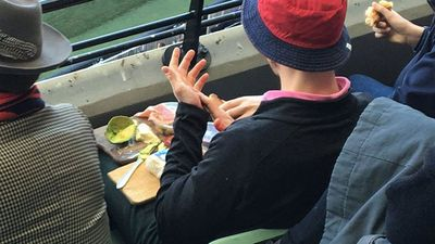 Footy fan brings his own cheese platter to the MCG