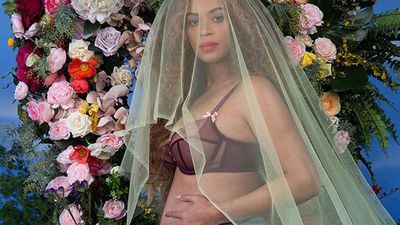 Beyoncé's twins were born premature, being treated with light therapy