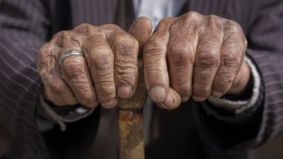 Seven steps to live to 100-years-old