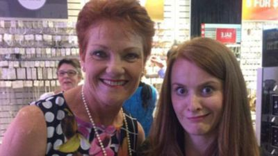 This woman's face in photo with Pauline Hanson is dividing the internet