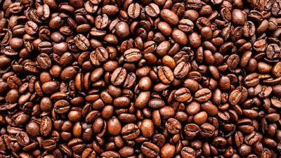 The lighter the coffee beans, the sweeter the health benefits