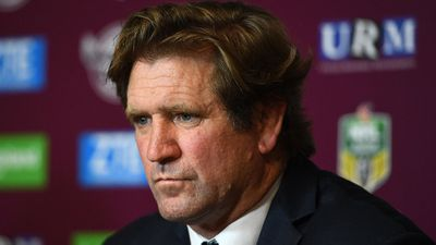 Origin coaches Laurie Daley and Kevin Walters back Des Hasler at Bulldogs