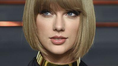 Taylor Swift breaks down during closing statements at groping trial