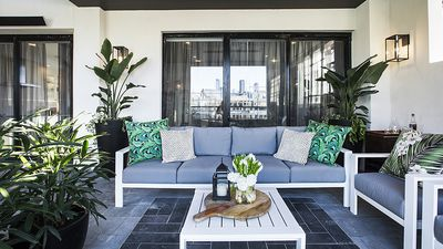Get the look: Julia and Sasha's tropical outdoor entertaining space