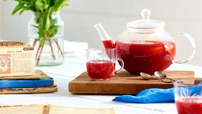 Mulled berry and peach tea
