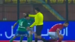 Controversial penalty awarded in Egyptian Premier League