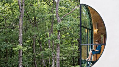 This forest guesthouse sleeps five but has no bedrooms