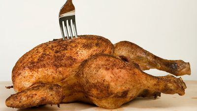 Man stabs wife in row over chicken dinner