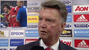 Van Gaal's makes bizarre 'sex masochist' remark