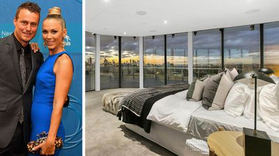 Lleyton and Bec Hewitt sell Melbourne mega penthouse