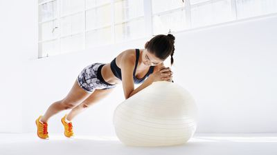 No-gym workout: 7 ab exercises that only need a gym ball