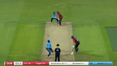 England's Adil Rashid rivals Shane Warne's 'Ball of the Century' in English T20 competition