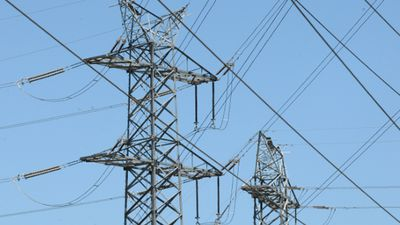 Soaring electricity prices claim Adelaide business