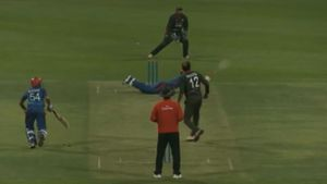 Afghan star hits one-handed, no feet six