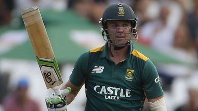 De Villiers out of ODIs, Tests v Australia