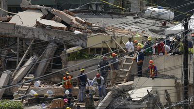 Little girl's miracle rescue inspires hope in quake-ravaged Mexico
