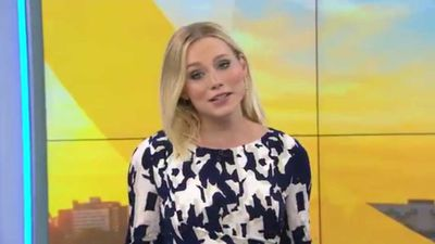 Pregnant weather presenter claps back at body-shamers