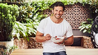 'Zoats' is the baffling breakfast trend winning the internet (and hunky ex-Bachelors)