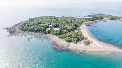 Buy an entire island in the Whitsundays for $3.5M