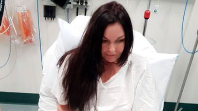 Schapelle Corby in hospital with a broken leg