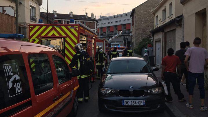 Molotov cocktail hurled into Paris restaurant, 3 suffer serious burns