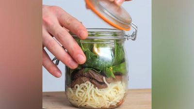 The instant ramen in a jar lunch hack that will change your life
