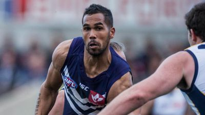 Former Dockers player Shane Yarran jailed over police pursuit