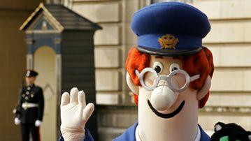 Ken Barrie, the voice behind Postman Pat, has died in London. (AFP)