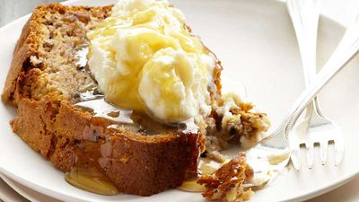 Curtis Stone's banana and walnut bread