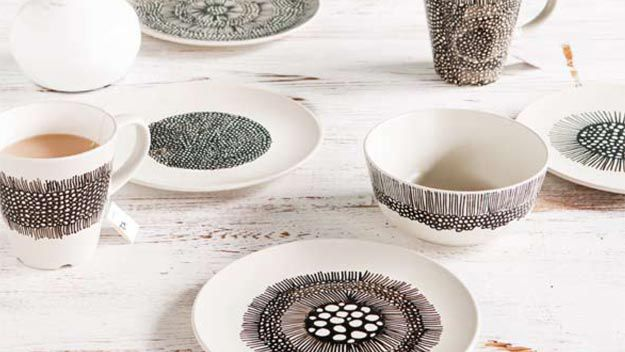 Last-minute Chrissy gifts: painted crockery