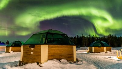 Dream job alert: A Finland hotel is hiring a professional Northern Lights spotter