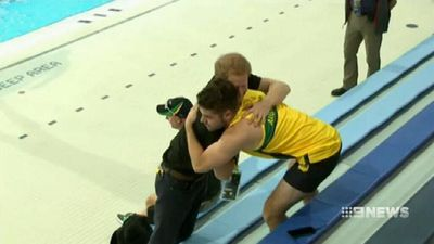 Prince Harry catches up with Australian Invictus team