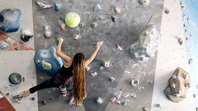 Bouldering isn't just a cool workout — it's also a great tool against depression