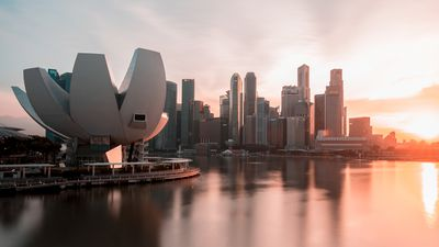 Photographer captures Singapore's futuristic architecture