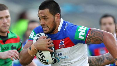 Roosters sign bad boys Tetevano and Knight