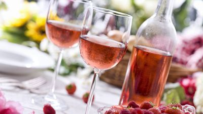 Blushing couples: The food to enjoy with rosé