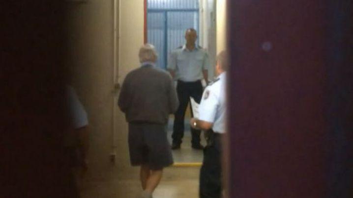 Bill Spedding entering Port Macquarie Court. (9NEWS)