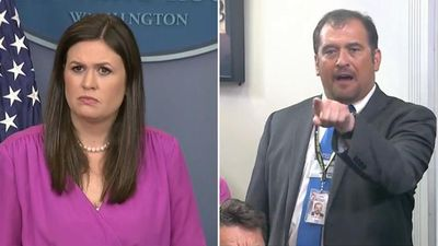 Reporter confronts ranting White House press secretary