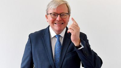 Kevin Rudd offers Trump advice on 'hard-a---' Chinese president
