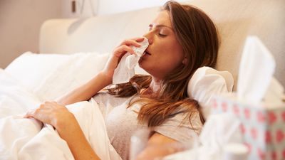 Australia's worst flu outbreak: What's the difference between a cold and the flu?