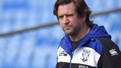 Bulldogs in no rush over Hasler's future