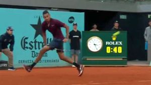 Kyrgios wins shot of the tournament at Madrid Open