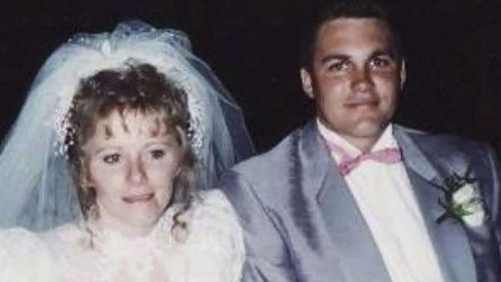 Sharon and Dean Yarnton married