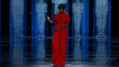 OSCARS 2017: Viola Davis accepts Best Supporting Actress Oscar with award winning speech