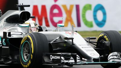 Hamilton sends message of intent in Mexico