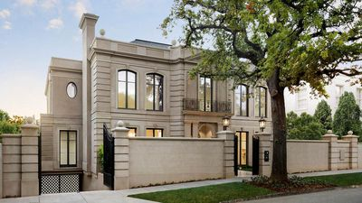 Lleyton and Bec Hewitt drop $12.7m on Toorak property