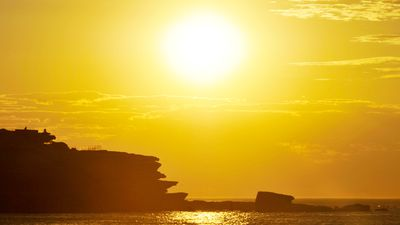 Summer-like heat to warm up Australia's east coast