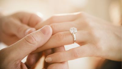 Man sues ex-fiance for refusing to return $15000 engagement ring