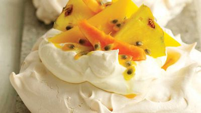 Kenwood individual pavlovas with tropical fruits