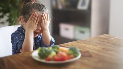The reason why it's so hard to give your kids healthy food